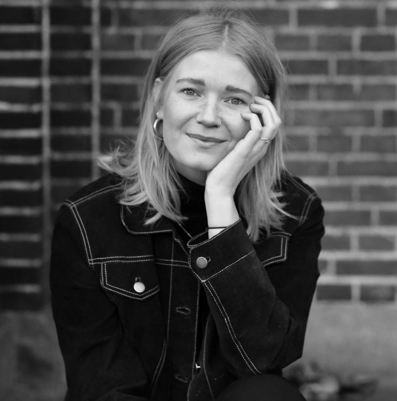 Julia Oude Wesselink, Brand Designer